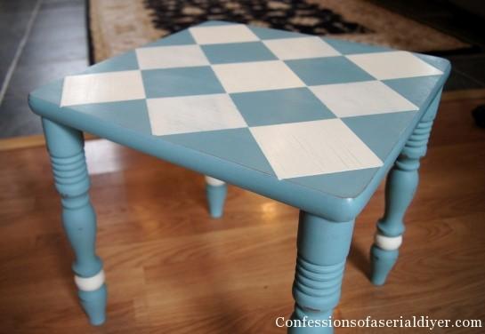 Diamond painted table