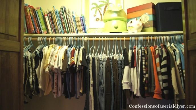 kids organized closet