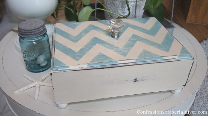aqua and cream chevron