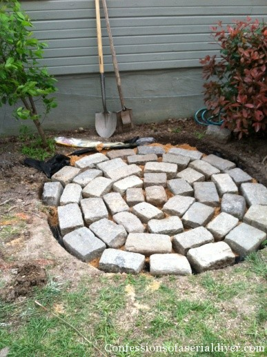 Creating a circular stone patio