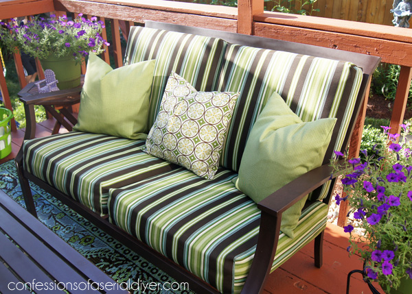 Update your Outdoor Cushion Covers with this SEW SUPER EASY cushion cover  tutorial from Confessions of - Sew Easy Outdoor Cushion Covers (Part 1)