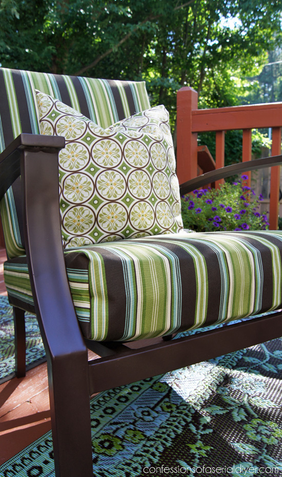 Awesome Update Your Outdoor Cushion Covers With This SEW SUPER EASY Cushion Cover  Tutorial From Confessions Of