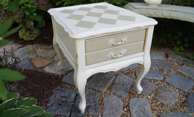 annie sloan country grey side table