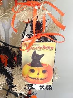 vintage halloween tags