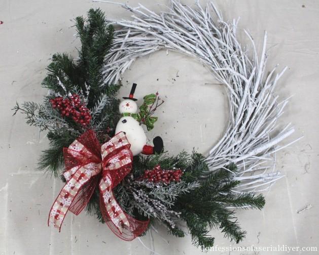 DIY Christmas Twig Wreath 8