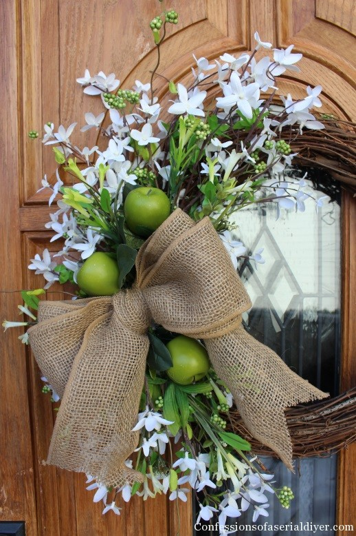Simple Spring Wreath with Apples