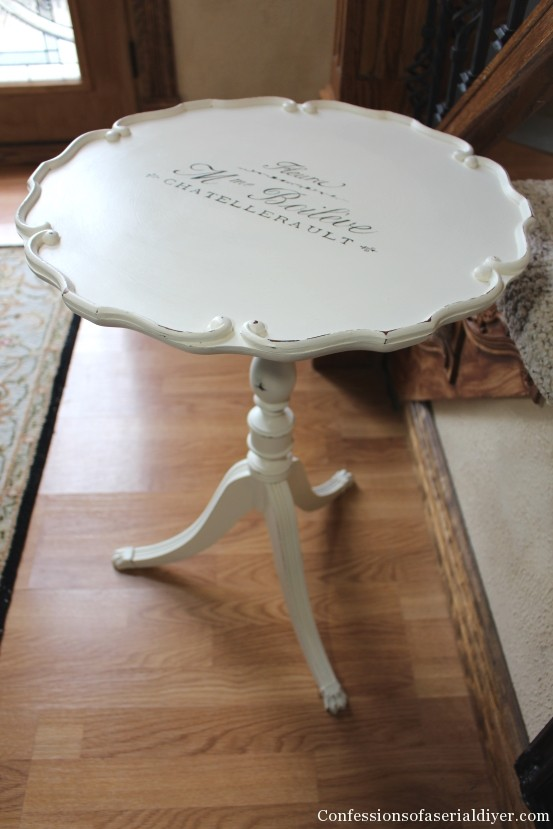 Scalloped Table with French Graphic