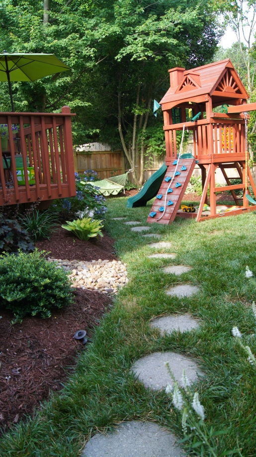 Back Yard Makeover Confessions of a Serial Do-it-Yourselfer