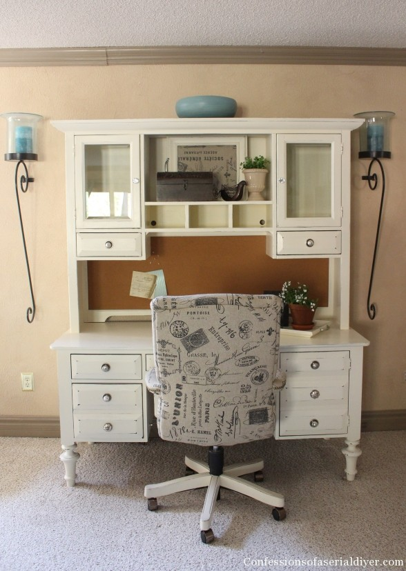 Desk Makeover with DIY Chalk Paint