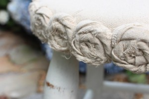 Mini Drop Cloth Rosette Stool Makeover {a $5 Yard Sale Find}