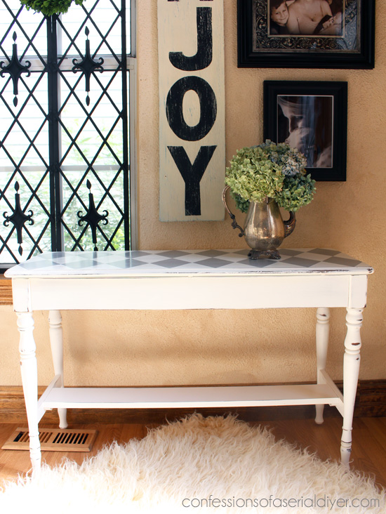 Bench Makeover using Chalk Paint® Decorative Paint by Annie Sloan