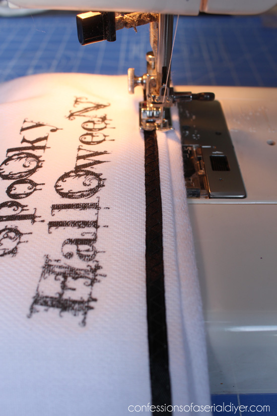 Make your own personalized Halloween hand towels