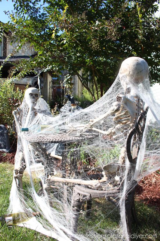 Spooky Skeleton pals