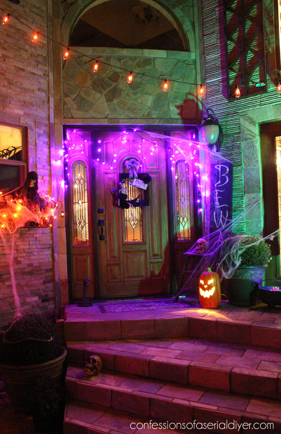 Spooky Outdoor Halloween Decor