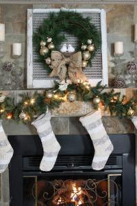 Christmas Wreath Tutorial and Mantel