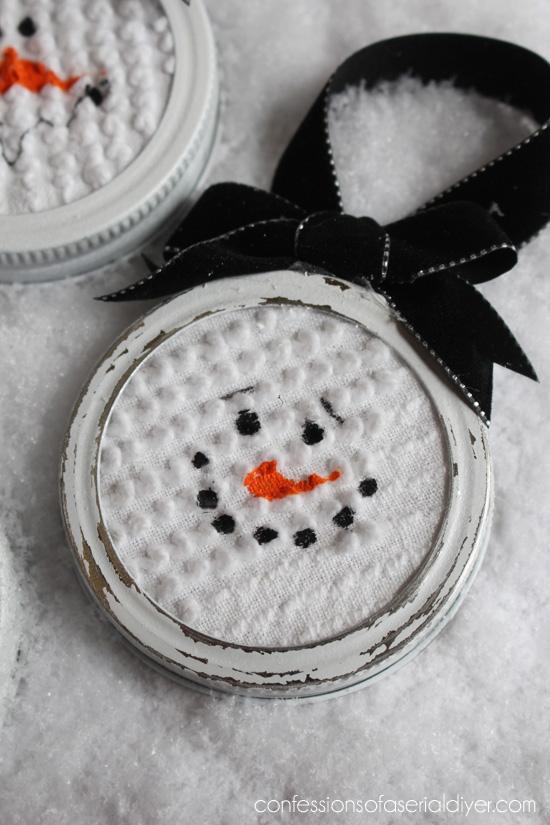 Perfect use for Mason Jar lids!