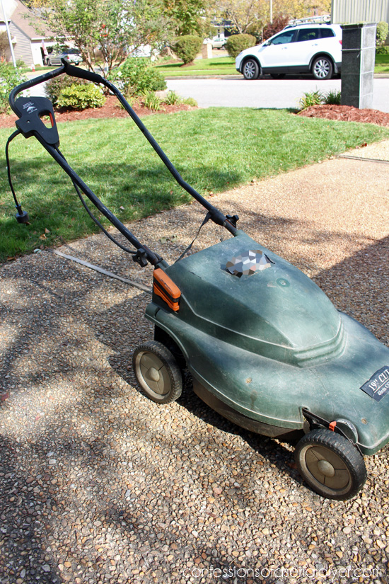 RYOBI-Battery-Powered-Mower-14