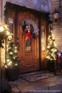 Christmas Courtyard