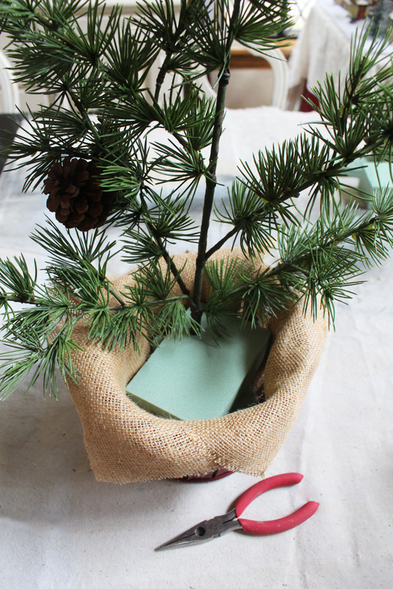 How to make a (faux) fresh greenery arrangement