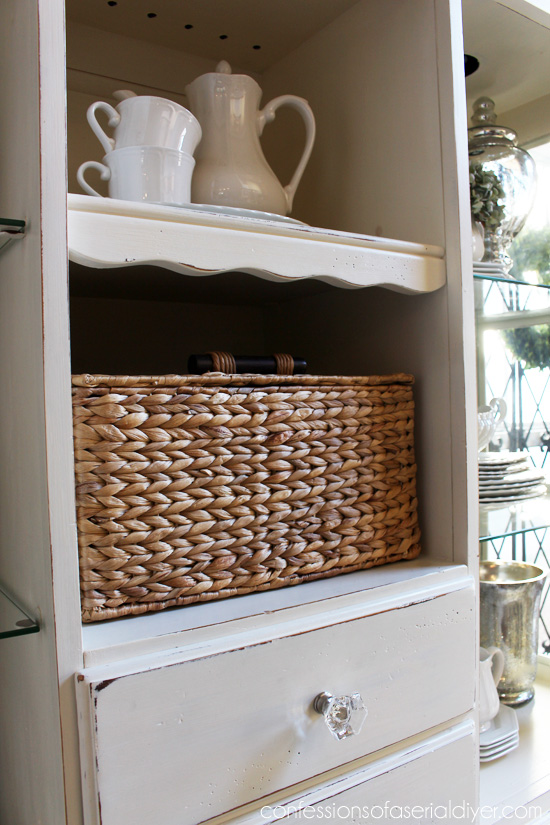 A basket is a perfect place to store napkins and napkin rings!