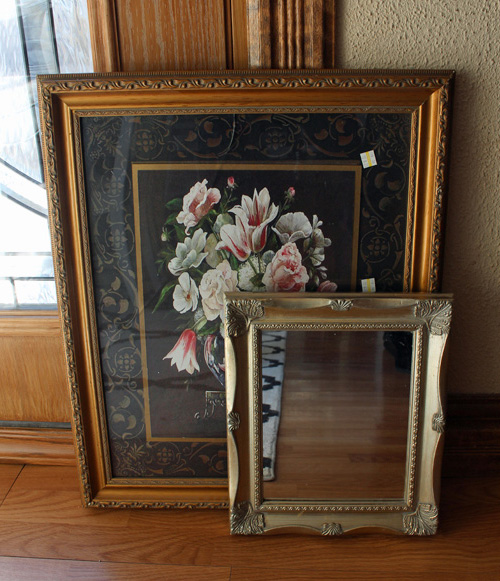 This Mirror Could Look Ugly And Old Fashioned But In This: Thrifty Fabric Framed Mirror