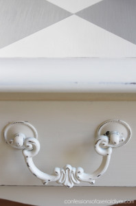 Drawer pull updated with Rustoleum Heirloom White spray paint