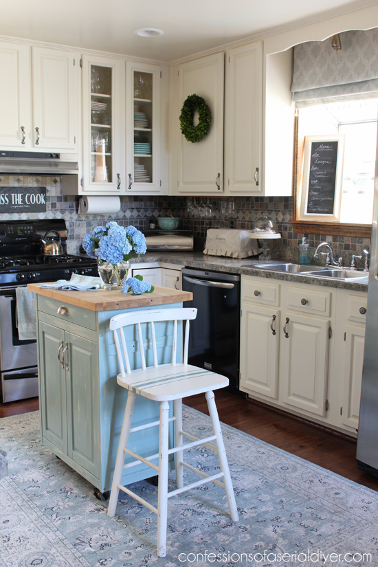 Summer Home Tour with Confessions of a Serial Do-it-Yourselfer and Balsam Hill