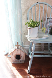 Robin's Egg Blue Chair Makeover