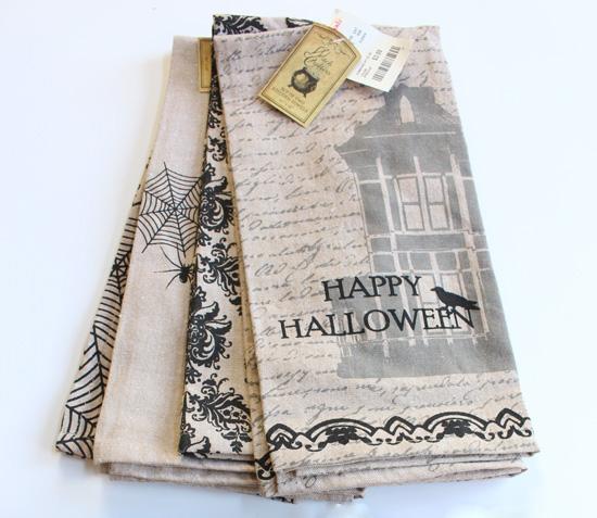 Tea-Towel-Halloween-Pillows-1-(2)-Before