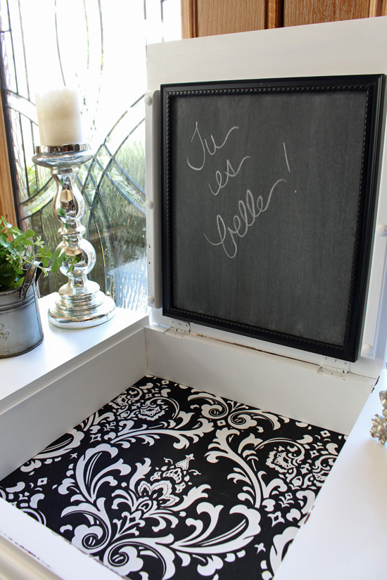 Repalce the mirror in a dressing table with a chalkboard for a fun touch.