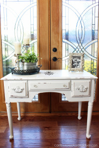 Black and White Shabby Dressing Table /Confessions of a Serial Do-it-Yourselfer