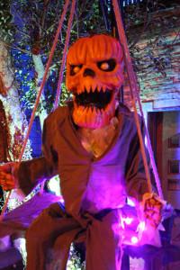 Outdoor Halloween Decor