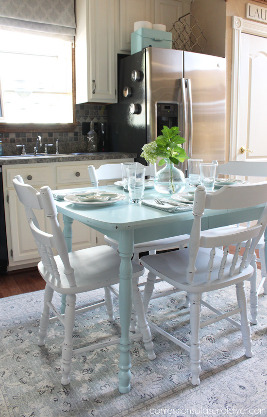 Paint a laminate kitchen table top!