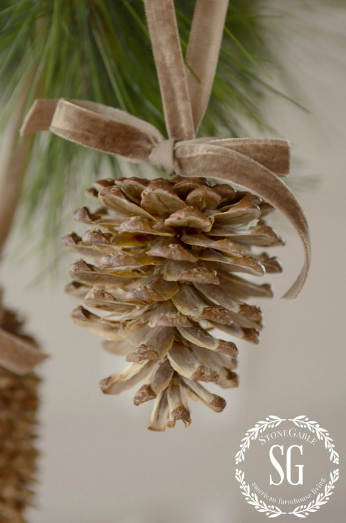 Bleached Pinecones from Stone Gable Blog