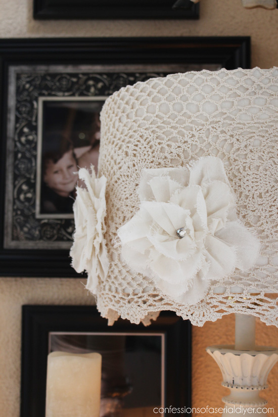 Thrift store lamp makeover from Confessions of a Serial Do-it-Yourselfer