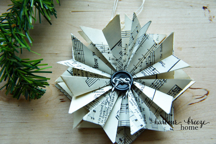 How to Make Paper Star Ornaments from Harbour Breeze