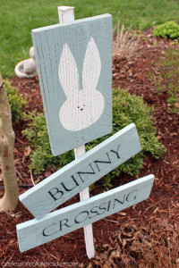 DIY Easter Sign {Best of the Archives}