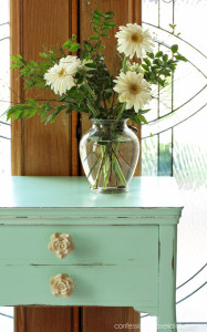 Cottage-Inspired Sewing Machine Table Makeover