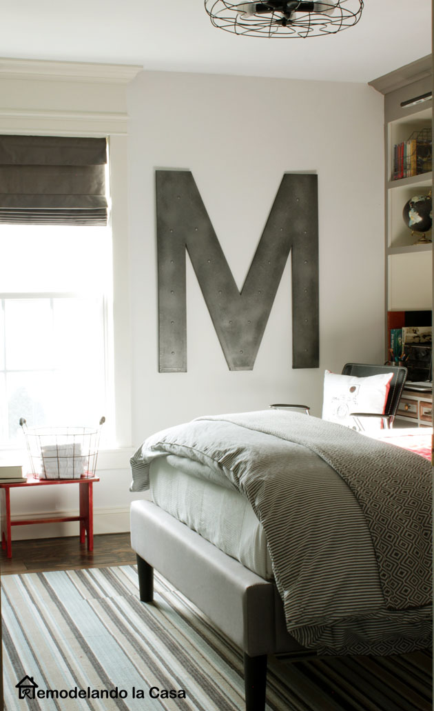 Letter M - Industrial Wall Decor from Remodelando la Casa