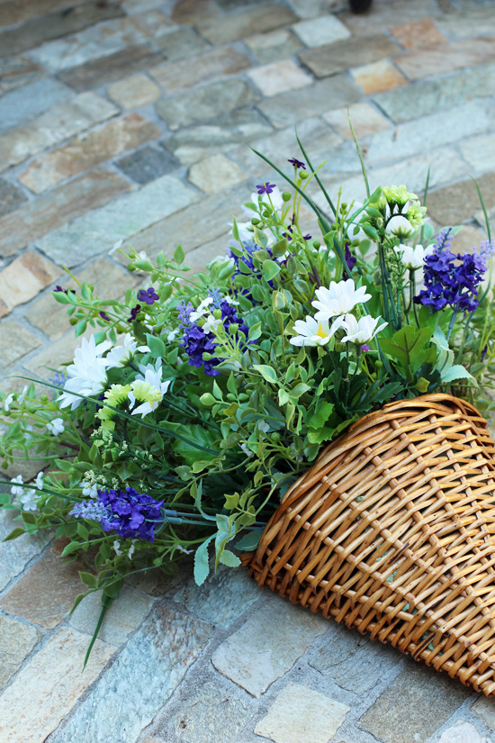 How to create a Summer wildflower basket, a gret alternative to a wreath. Confessions of a Serial do-it-Yourselfer