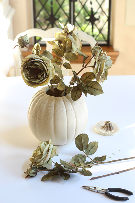 How to make a faux pumpkin arrangement from confessionsofaserialdiyer.com