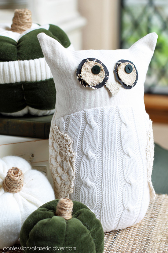 Sweater owl from confessionsofaserialdiyer.com