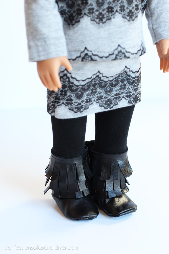 doll-wardrobe-from-childrens-clothing-7