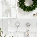 Simple Shabby Shelf