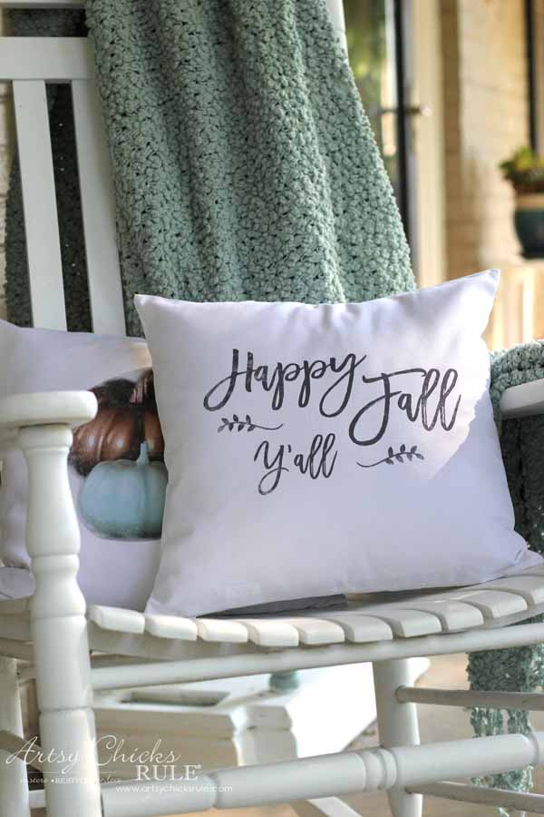 DIY Fall Pillows & Free Printables from Nancy at Artsy Chicks Rule