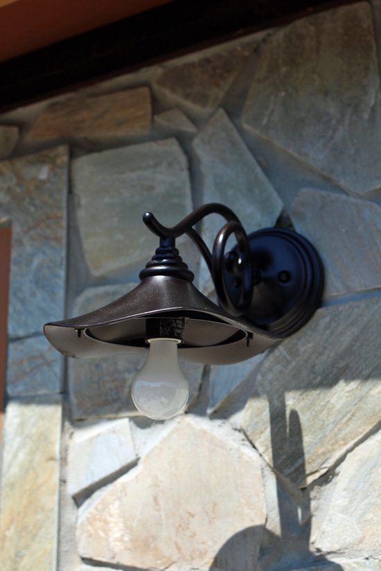 Update the easy way confessions of how to paint outdoor light fixture without taking it down