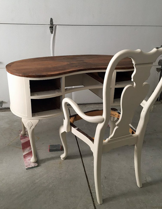 Bon You May Remember I Used A Color Called Buttercream On The Dressing Table.  When I Painted Them Both In Dropcloth, The Table Looked Much Darker, ...