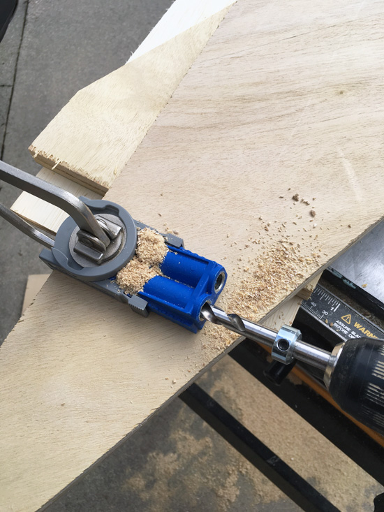 Kreg Jig Jr is perfect for joining wood pieces at a 90• angle