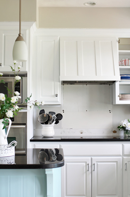 Diy Range Hood Cover From Confessionsofaserialdiyer