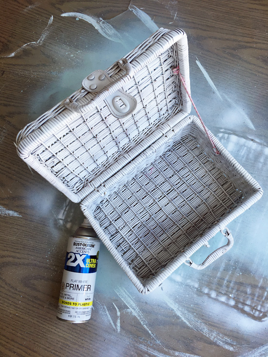 Spray primer alone is perfect for updating baskets!